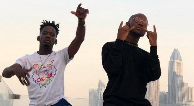 Mr Eazi & King Promise – Call Waiting ft. Joey B (Prod. by E-Kelly)