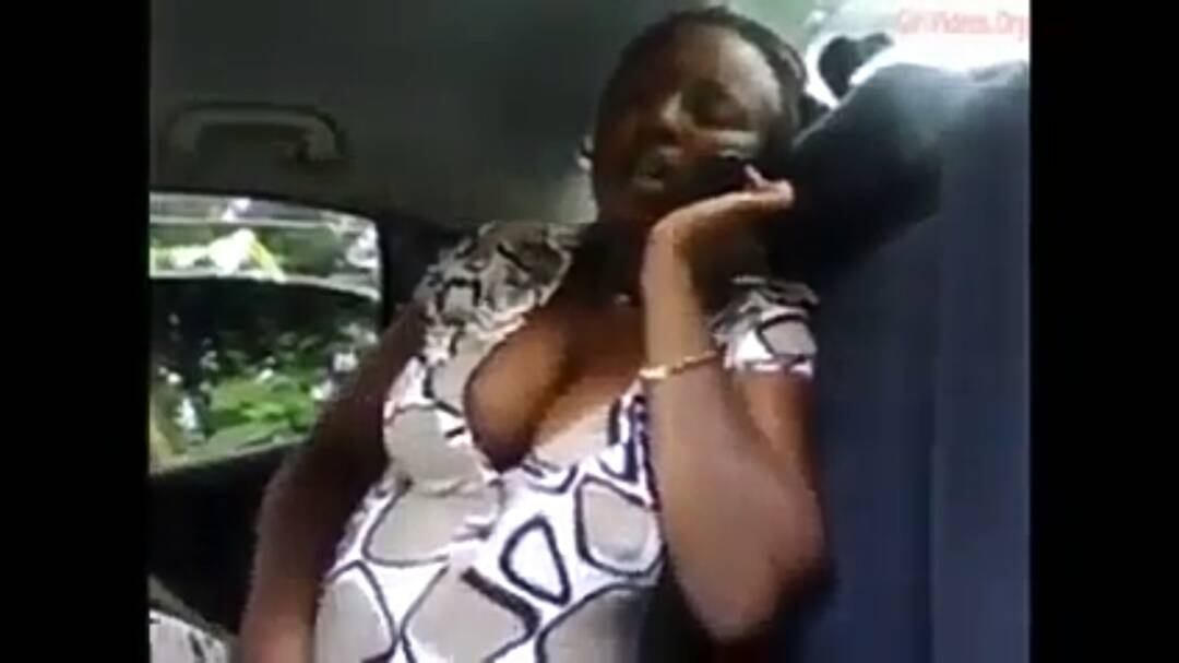 Kenyan Woman Caught Ma$turb@t!ng In An Uber -Watch