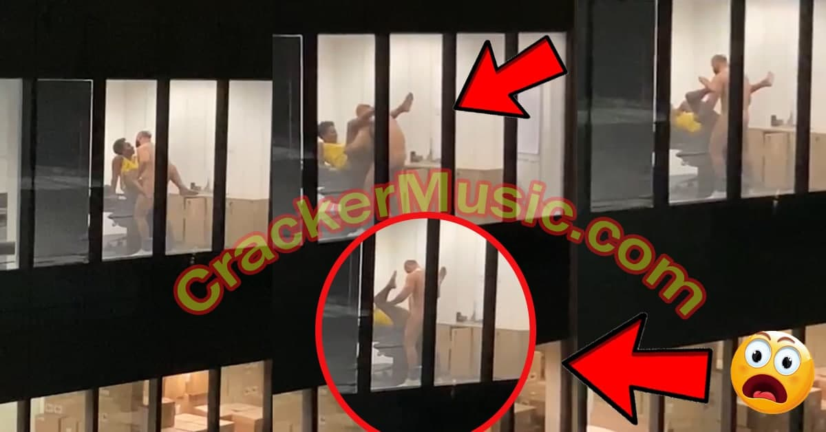 Video Of A Manager And His Worker Ch0pp!ng Themselves At The Office At Night [WATCH NOW]