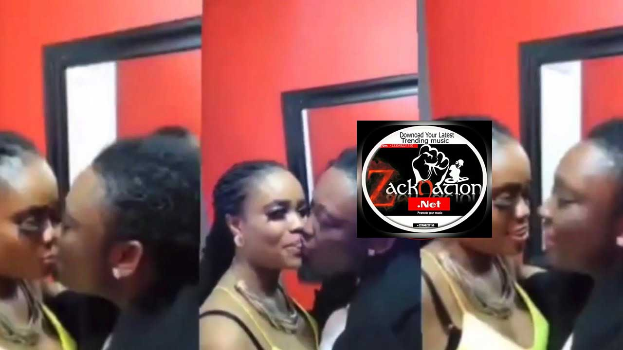 Here Is The Two Lady Lovers Trending On Twitter No.1 (Watch Video)