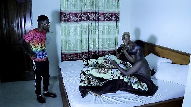 See How Boyfriend Behaved After Seeing Girlfriend Cheat [WATCH VIDEO]